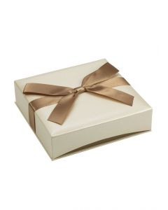 """2/Pack Ribbon-Wrapped Cream Faux Linen Necklace Jewelry Gift Box, 6 5/8 x 6 5/8 x 1 3/4"""""""
